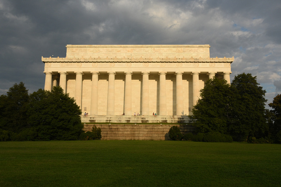 Glowing Lincoln Memorial 3