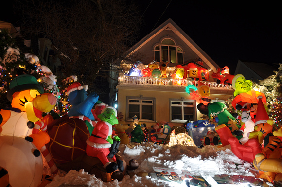 Dyker Lights 39 - Familiar Characters