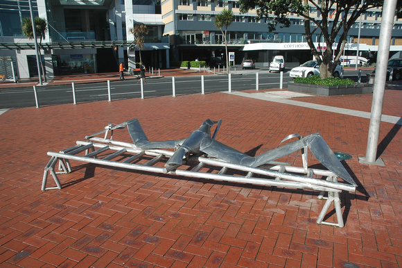 Cool Gull Bench