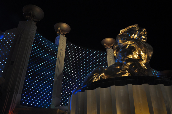 MGM Grand Bronze Lion at Night 01